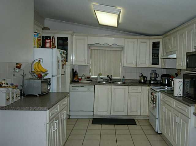 Photo 8: Photos: 4751 WESTMINSTER Highway in Richmond: Riverdale RI House for sale : MLS®# V1085347