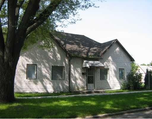 Main Photo: 114 ANDREWS Street in WINNIPEG: North End Residential for sale (North West Winnipeg)  : MLS®# 2918594