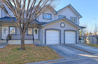 Main Photo: 116 Simcoe Place SW in Calgary: Signal Hill Row/Townhouse for sale : MLS®# A1155609