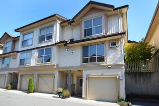 """Photo 2: 41 20350 68 Avenue in Langley: Willoughby Heights Townhouse for sale in """"SUNRIDGE"""" : MLS®# F1420781"""