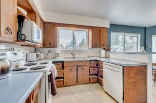 Photo 7: 3384 CARDINAL Drive in Burnaby: Government Road House for sale (Burnaby North)  : MLS®# R2037916
