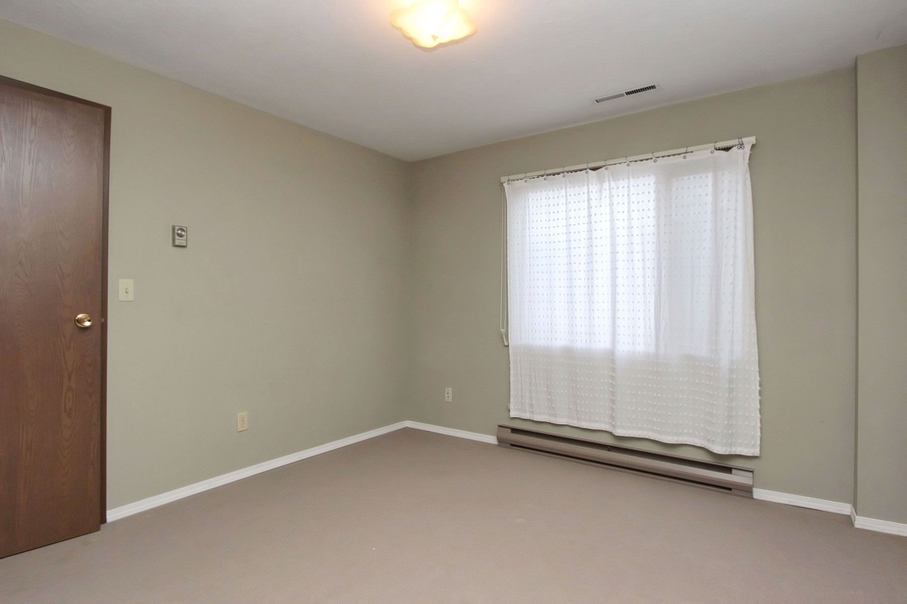 Photo 36: Photos: 1350 Trans Canada Highway in Sorrento: House for sale : MLS®# 10225818