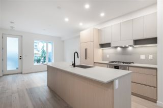 """Photo 12: TH16 528 E 2ND Street in North Vancouver: Lower Lonsdale Townhouse for sale in """"Founder Block South"""" : MLS®# R2540975"""