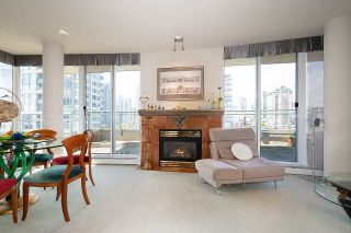 Photo 4: 1007 1288 MARINASIDE CRESCENT in Vancouver: Yaletown Condo for sale (Vancouver West)  : MLS®# R2514095