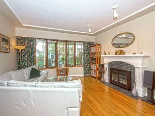Photo 2: 3249 GARDEN Drive in Vancouver: Grandview VE House for sale (Vancouver East)  : MLS®# R2009346