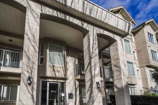 """Photo 5: 109 20281 53A Avenue in Langley: Langley City Condo for sale in """"GIBBONS LAYNE"""" : MLS®# R2334082"""