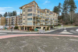 Photo 1: 203 1392 S Island Hwy in : CR Campbell River Central Condo for sale (Campbell River)  : MLS®# 866106