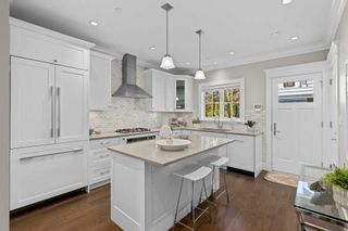 """Photo 7: 1421 GORDON Avenue in West Vancouver: Ambleside House for sale in """"Vinson House"""" : MLS®# R2617756"""