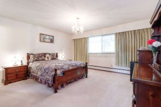 Photo 11: 2299 KUGLER Avenue in Coquitlam: Central Coquitlam House for sale : MLS®# R2467544