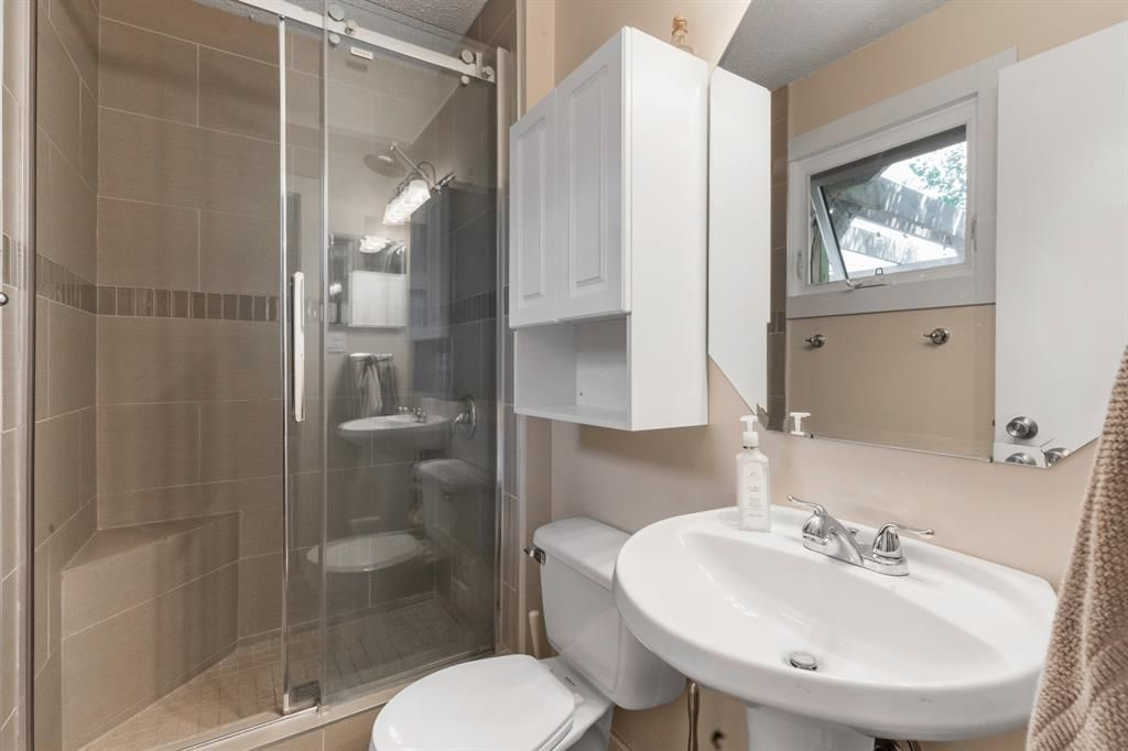 Photo 12: Photos: 1033 Smith Avenue: Crossfield Detached for sale : MLS®# A1129311