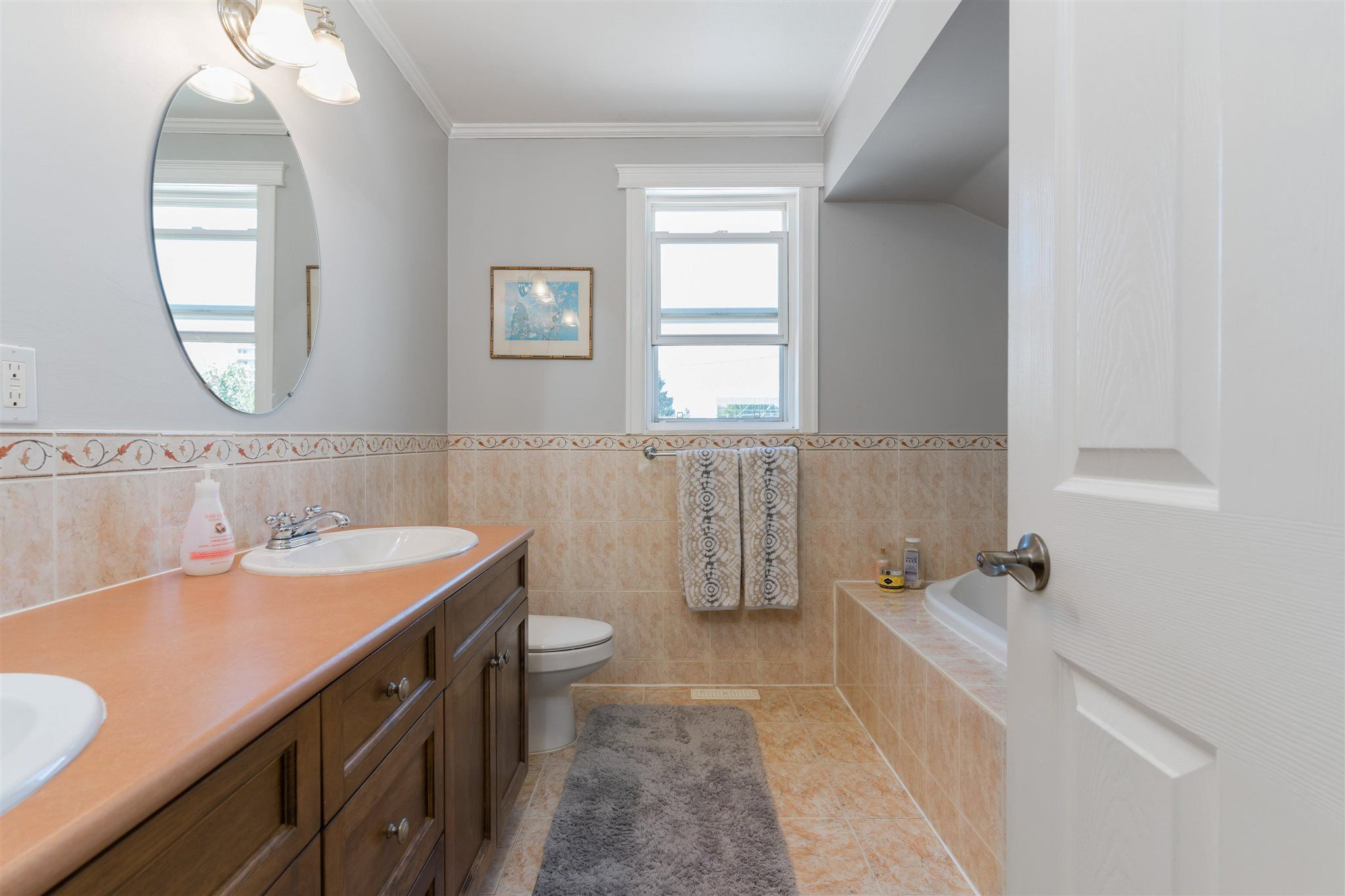 Photo 19: Photos: 412 FIFTH STREET in New Westminster: Queens Park House for sale : MLS®# R2594885