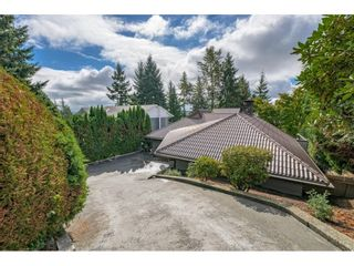 Photo 2: 2524 ARUNDEL Lane in Coquitlam: Coquitlam East House for sale : MLS®# R2617577