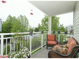 """Photo 10: 304 20189 54TH Avenue in Langley: Langley City Condo for sale in """"Catalina Gardens"""" : MLS®# F1214183"""