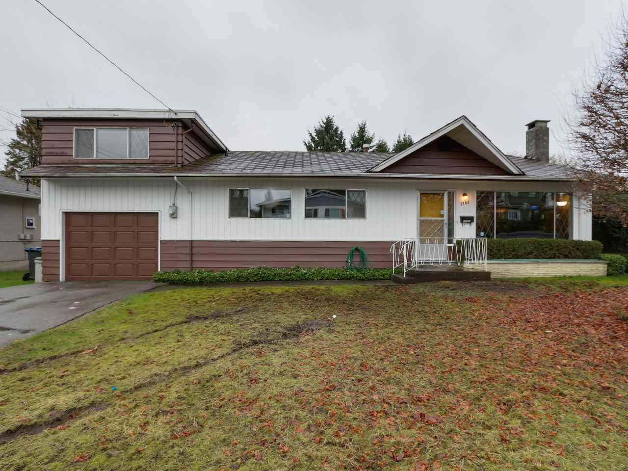 Main Photo: 2168 PRAIRIE Avenue in Port Coquitlam: Glenwood PQ House for sale : MLS®# R2041317