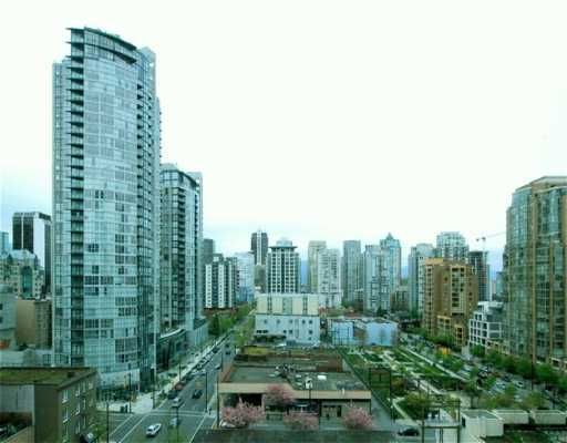 """Main Photo: 707 1238 SEYMOUR ST in Vancouver: Downtown VW Condo for sale in """"SPACE"""" (Vancouver West)  : MLS®# V586188"""