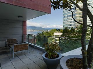 Photo 20: 403 1169 W CORDOVA STREET in Vancouver: Coal Harbour Condo for sale (Vancouver West)  : MLS®# R2475805