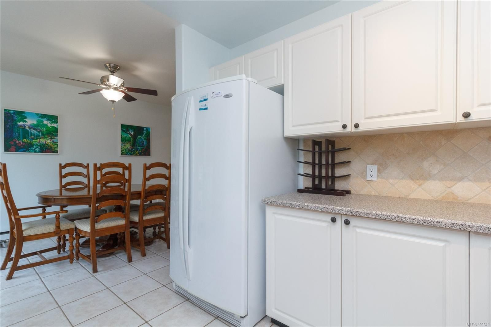 Photo 12: Photos: 52 14 Erskine Lane in : VR Hospital Row/Townhouse for sale (View Royal)  : MLS®# 855642