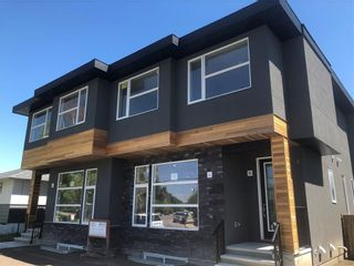 Main Photo: 2706 19 Street NW in Calgary: Capitol Hill Semi Detached for sale : MLS®# A1135159