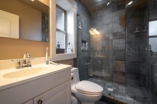 """Photo 34: 936 E 28TH Avenue in Vancouver: Fraser VE House for sale in """"FRASER"""" (Vancouver East)  : MLS®# R2624690"""