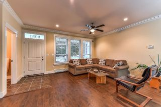Photo 2: 6081 148 Street in Surrey: Sullivan Station House for sale : MLS®# R2217359