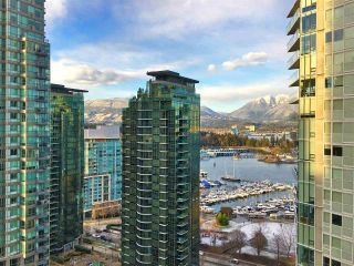"""Photo 1: 2102 1238 MELVILLE Street in Vancouver: Coal Harbour Condo for sale in """"POINT CLAIRE"""" (Vancouver West)  : MLS®# R2144697"""