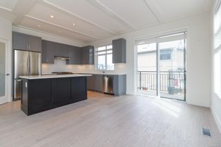 Photo 7: 31 350 Latoria Blvd in : Co Royal Bay Row/Townhouse for sale (Colwood)  : MLS®# 867173