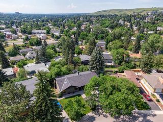 Photo 5: 199 Cardiff Drive NW in Calgary: Cambrian Heights Detached for sale : MLS®# A1127650