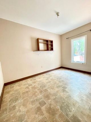 Photo 9: 150 4th Street in Brandon: Core Residential for sale (D21)  : MLS®# 202120143