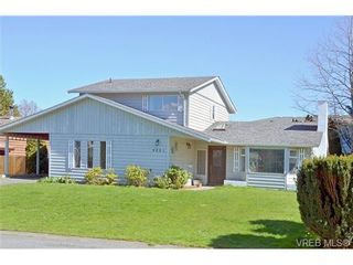 Photo 19: 4261 Moorpark Pl in VICTORIA: SW Northridge House for sale (Saanich West)  : MLS®# 666739