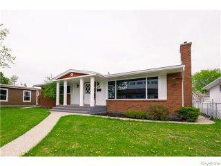 Photo 1: 295 Booth Drive in Winnipeg: St James Residential for sale (West Winnipeg)  : MLS®# 1612177