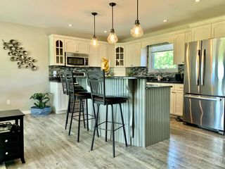 Photo 5: 214 Campbell Avenue West in Dauphin: Dauphin Beach Residential for sale (R30 - Dauphin and Area)  : MLS®# 202115875