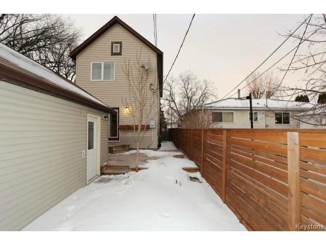 Photo 20: Photos: 1028 Southwood Avenue in Winnipeg: Fort Garry / Whyte Ridge / St Norbert Single Family Detached for sale (South East Winnipeg)  : MLS®# 1501899
