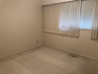 """Photo 9: 8211 NO. 3 Road in Richmond: Broadmoor House for sale in """"Sunnymede"""" : MLS®# R2447870"""