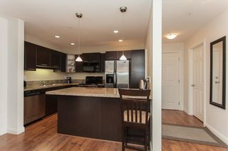 """Photo 12: 207 5438 198 Street in Langley: Langley City Condo for sale in """"Creekside Estates"""" : MLS®# R2213768"""