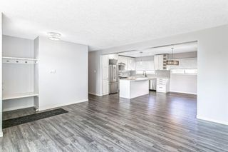 Photo 8: 7203 Fleetwood Drive SE in Calgary: Fairview Detached for sale : MLS®# A1129762