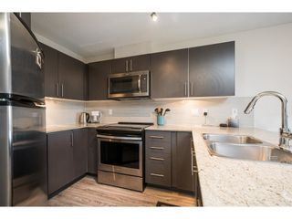 "Photo 7: 302 8915 202 Street in Langley: Walnut Grove Condo for sale in ""Hawthorne"" : MLS®# R2597189"