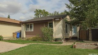 Photo 36: 839 Athlone Drive North in Regina: McCarthy Park Residential for sale : MLS®# SK870614