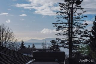 Photo 19: 12906 MARINE DRIVE in Surrey: Crescent Bch Ocean Pk. House for sale (South Surrey White Rock)  : MLS®# R2026786
