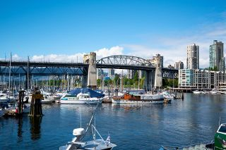 """Photo 38: 508 1540 W 2ND Avenue in Vancouver: False Creek Condo for sale in """"WATERFALL"""" (Vancouver West)  : MLS®# R2594378"""
