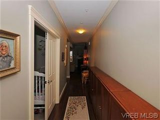 Photo 16: 5 2310 Wark St in VICTORIA: Vi Central Park Row/Townhouse for sale (Victoria)  : MLS®# 567630