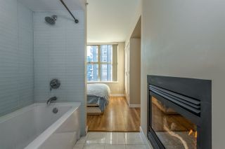 "Photo 15: 808 969 RICHARDS Street in Vancouver: Downtown VW Condo for sale in ""MONDRIAN II"" (Vancouver West)  : MLS®# R2332263"