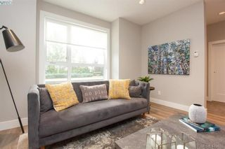 Photo 9: 7866 Lochside Dr in SAANICHTON: CS Turgoose Row/Townhouse for sale (Central Saanich)  : MLS®# 830553