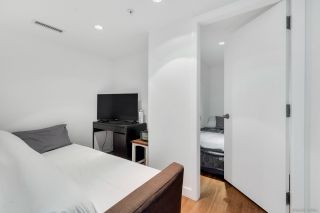 """Photo 16: PH6 777 RICHARDS Street in Vancouver: Downtown VW Condo for sale in """"TELUS GARDEN"""" (Vancouver West)  : MLS®# R2463480"""