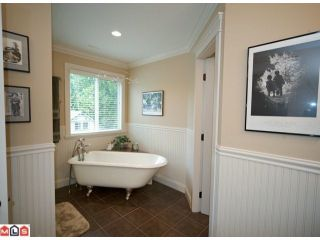 """Photo 8: 2350A HARBOURGREENE Drive in Surrey: Crescent Bch Ocean Pk. House for sale in """"OCEAN PARK"""" (South Surrey White Rock)  : MLS®# F1112801"""