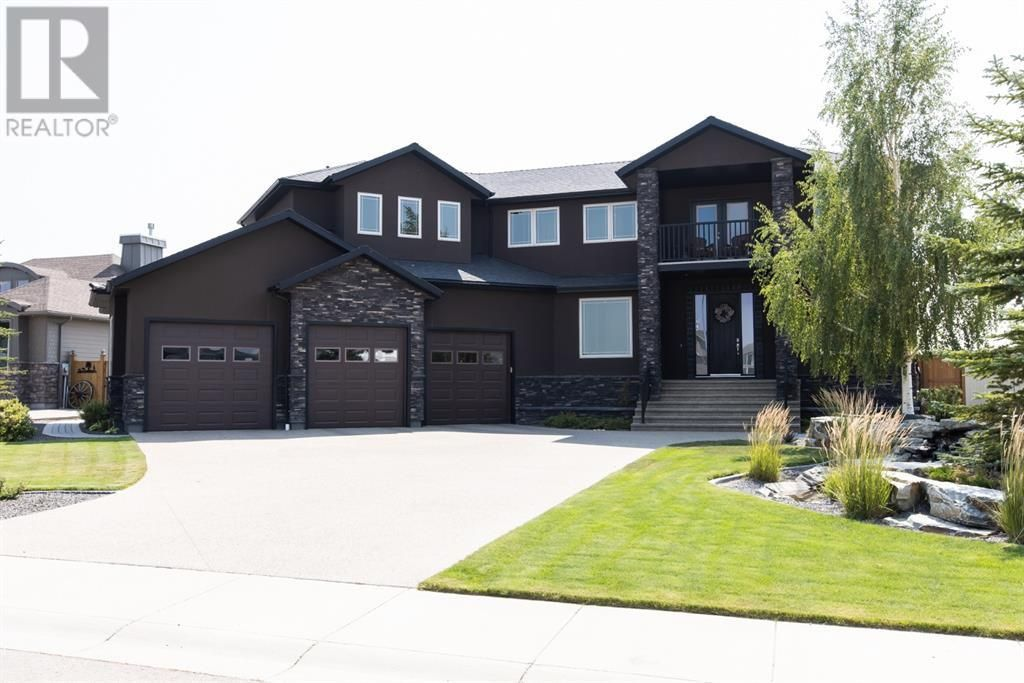 Main Photo: 220 Prairie Rose Place S in Lethbridge: House for sale : MLS®# A1137049