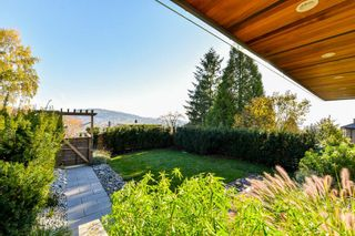 Photo 2: 145 N ELLESMERE AVENUE in Burnaby: Capitol Hill BN House for sale (Burnaby North)  : MLS®# R2324862
