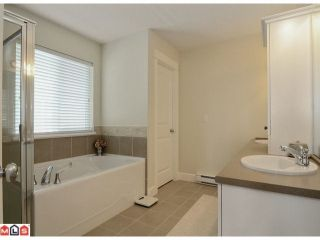 """Photo 7: 20188 - 68A Avenue in Langley: Willoughby Heights House for sale in """"Woodbridge"""" : MLS®# F1208857"""