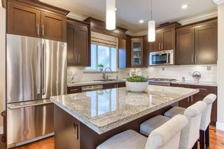 """Photo 7: 13 350 174 Street in Surrey: Pacific Douglas Townhouse for sale in """"The Greens"""" (South Surrey White Rock)  : MLS®# R2433866"""