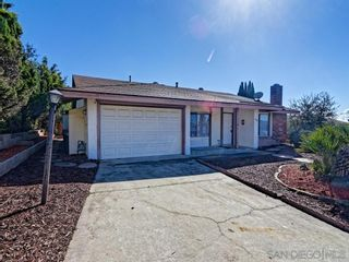 Photo 2: NORTH ESCONDIDO House for rent : 2 bedrooms : 1990 Golden Circle Drive in Escondido