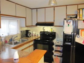 """Photo 5: 119 10221 WILSON Street in Mission: Stave Falls Manufactured Home for sale in """"Triple Creek Estates"""" : MLS®# R2010419"""